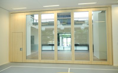 Glass partitions promote an open atmosphere