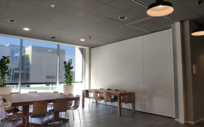 Movable wall in an office setting