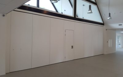 Projects of an operable wall in a school