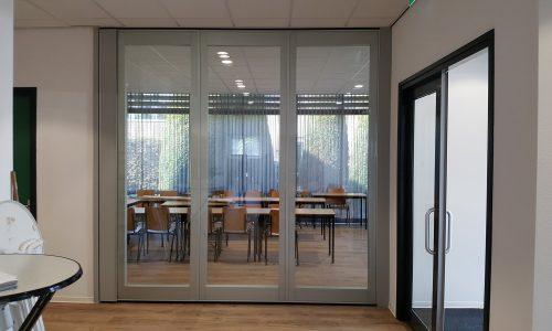 TransSpace glaswanden combineren geluidsdemping met lichtbehoud