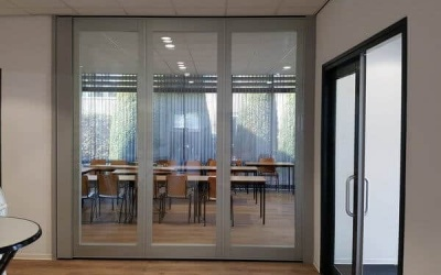 Glass wall TransSpace
