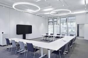 Mobiele akoestische wanden in kantoren
